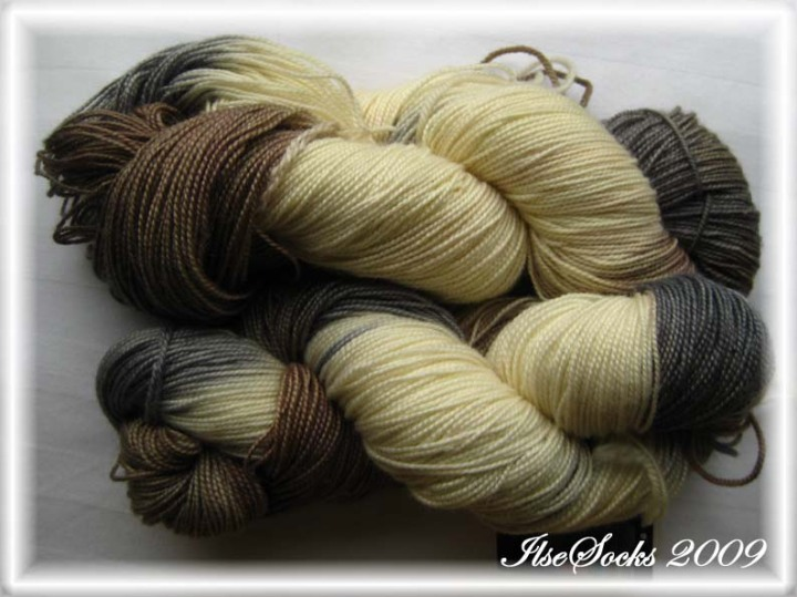 "The great Adironback Yarn Company, Inc.; Silly Sock, ""Irish Creme"" 12/14"