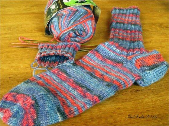 Socken-Opal-Wolle-aus-Murau